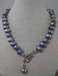 Parelketting ruw blauw/grijs  per stuk